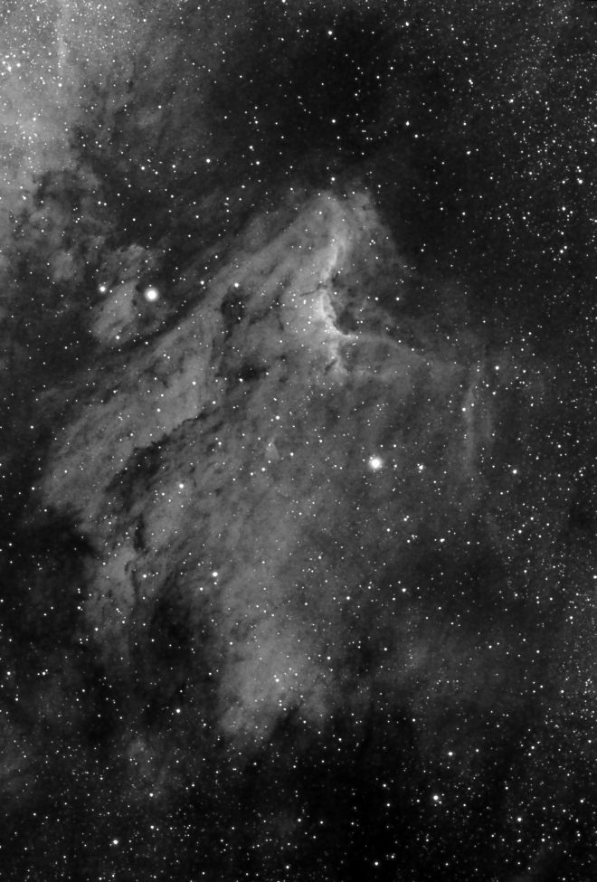 Pelican_Halfa.jpg -          texto_bright       Object:Pelican   Date:07-07-2006       Observingsite: Sant Cugat   Telescope: TakahashiFSQ-106N  @ f/5 on GM-8 mount   Camera: Canon20Da   Filters: Astronomik Halfa 13 nm   Exposure:18 x 6 min  ISO800. Total exposure: 1.8 h   Guiding: ATK-2HS on off-axis guider     Software:Guide K3CCDTools. Camera control: Images Plus. Processing: PixInsight   Comments:First image with Canon 20Da  camera