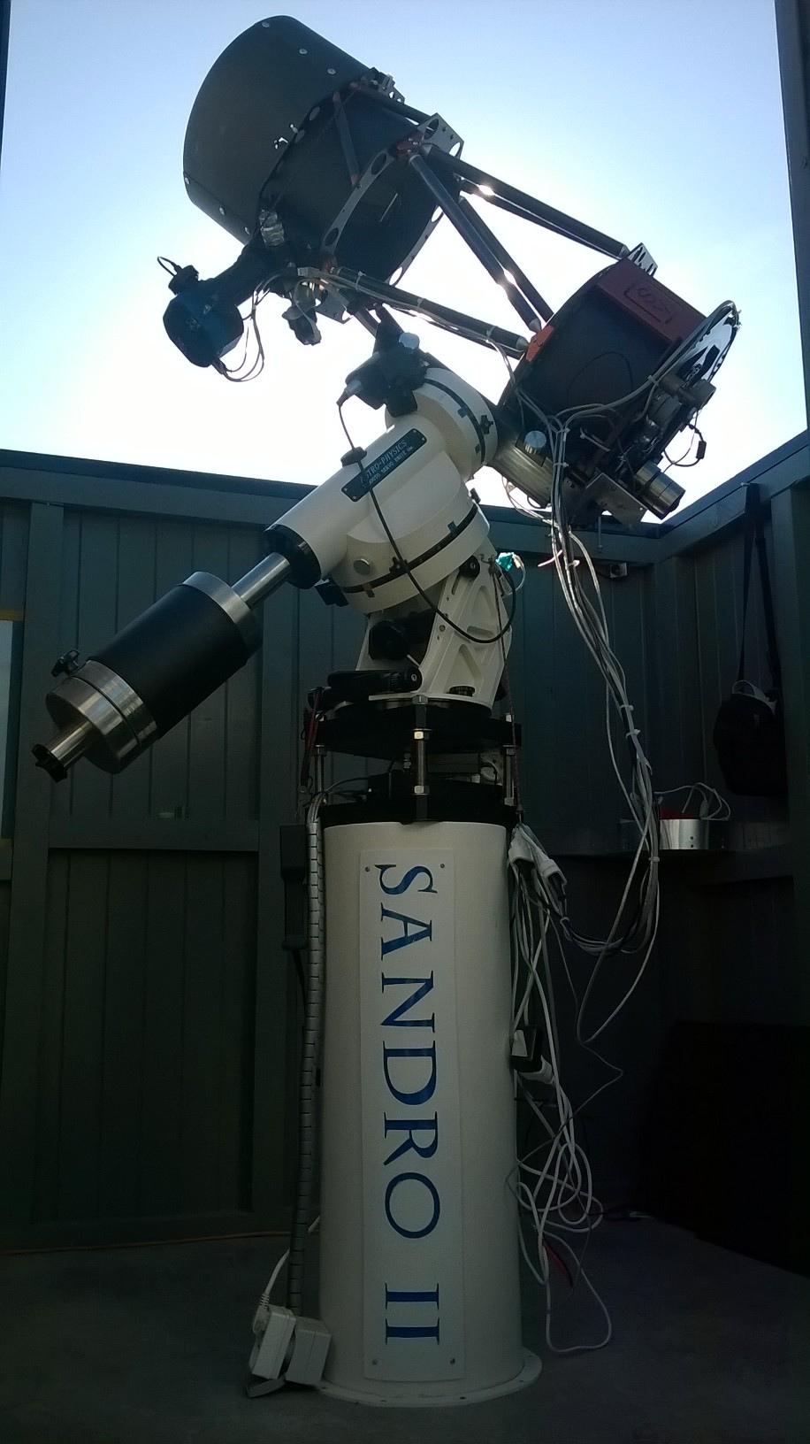 Le Sandro II avec le Skyvision 300 F/3.3 sur L'AP1200