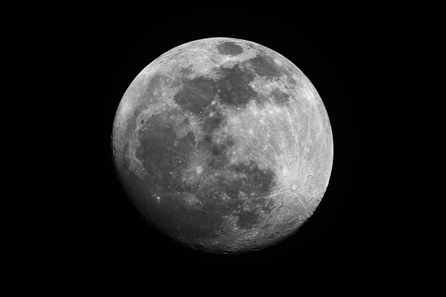171004 - Lune gibbeuse - Pollux - STL11K
