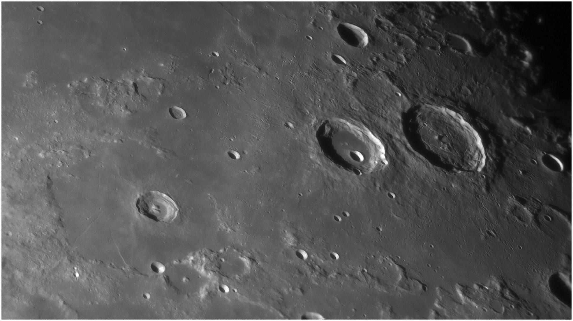 2017_11_07 Burg Hercule Atlas.jpg