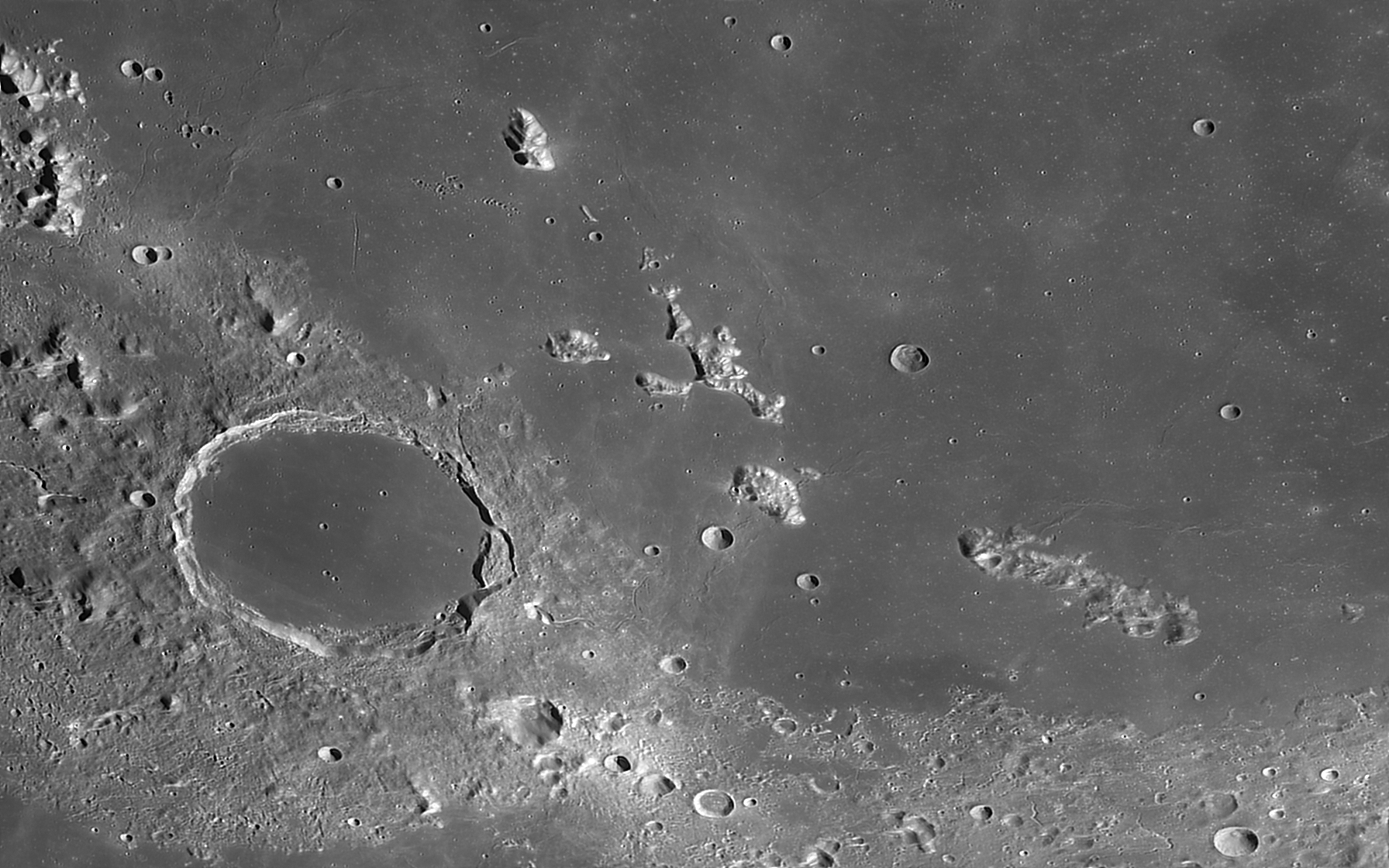 Plato2-9Aug2020-2h59UT-C14-B1920-green.j